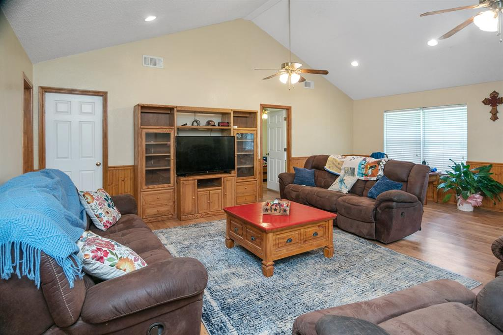 8160 Smithe  Street, Scurry, Texas 75158 - acquisto real estate best highland park realtor amy gasperini fast real estate service