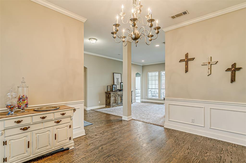 7308 Spring Oak  Drive, North Richland Hills, Texas 76182 - acquisto real estate best realtor foreclosure real estate mike shepeherd walnut grove realtor
