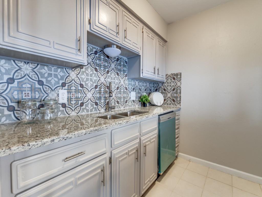 2315 Chapel Hill  Lane, Arlington, Texas 76014 - acquisto real estate best highland park realtor amy gasperini fast real estate service