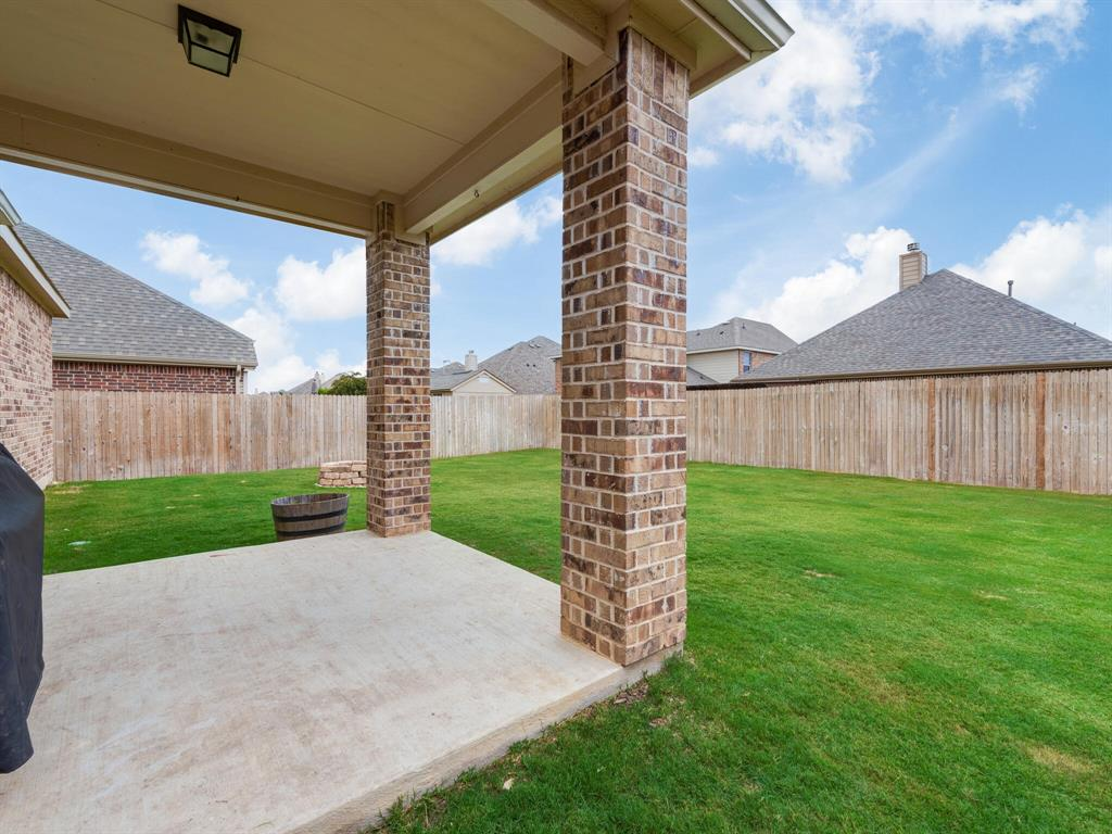 929 Viburnum  Drive, Fort Worth, Texas 76131 - acquisto real estate best realtor dallas texas linda miller agent for cultural buyers
