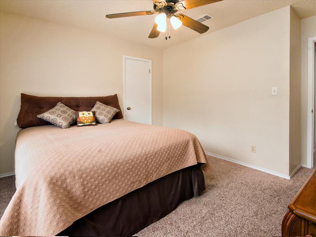 4700 Lone Oak  Drive, Arlington, Texas 76017 - acquisto real estate best realtor dallas texas linda miller agent for cultural buyers