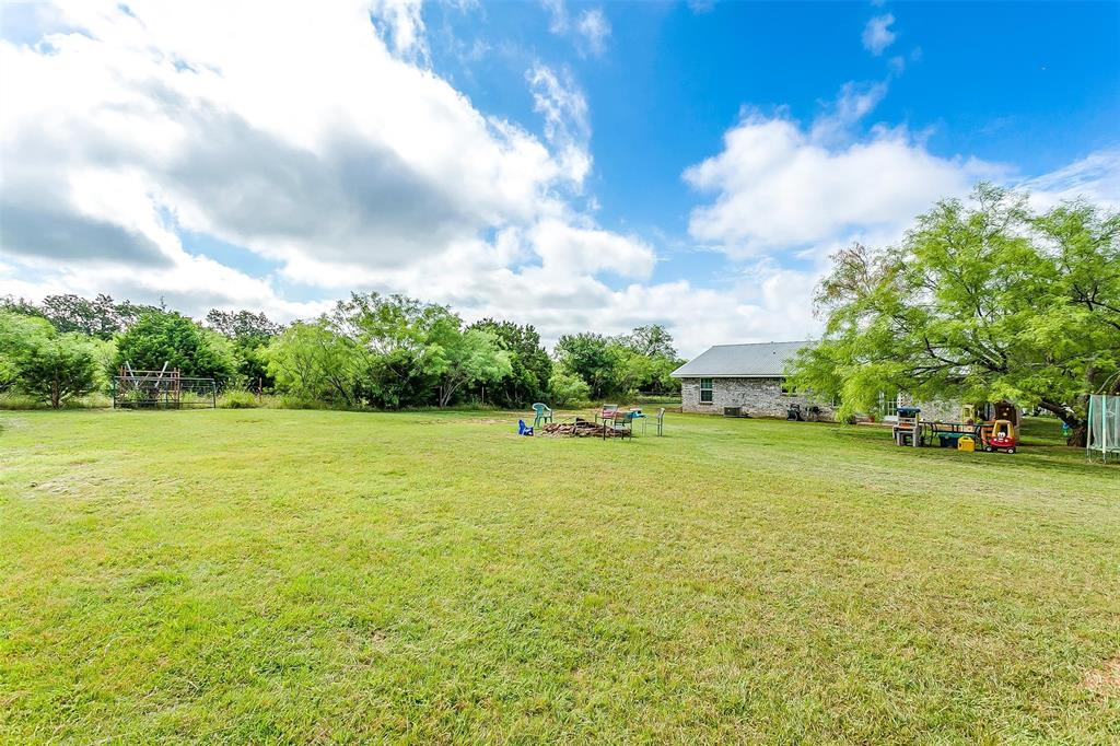324 Howard  Road, Weatherford, Texas 76088 - acquisto real estate best park cities realtor kim miller best staging agent