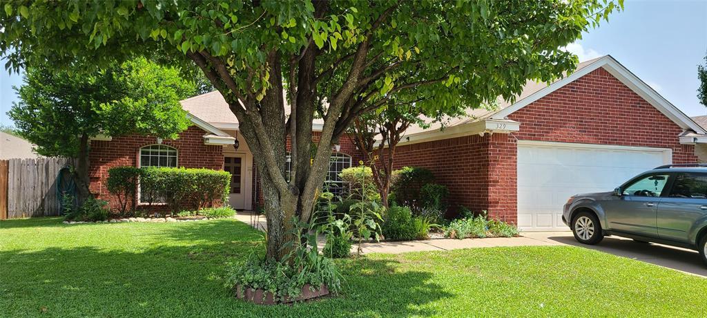 329 Willowstone  Trail, Saginaw, Texas 76179 - Acquisto Real Estate best mckinney realtor hannah ewing stonebridge ranch expert