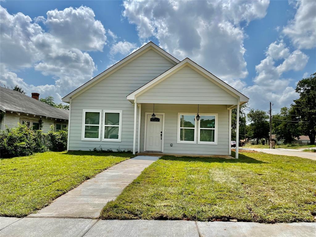 2000 Langston  Fort Worth, Texas 76105 - Acquisto Real Estate best frisco realtor Amy Gasperini 1031 exchange expert