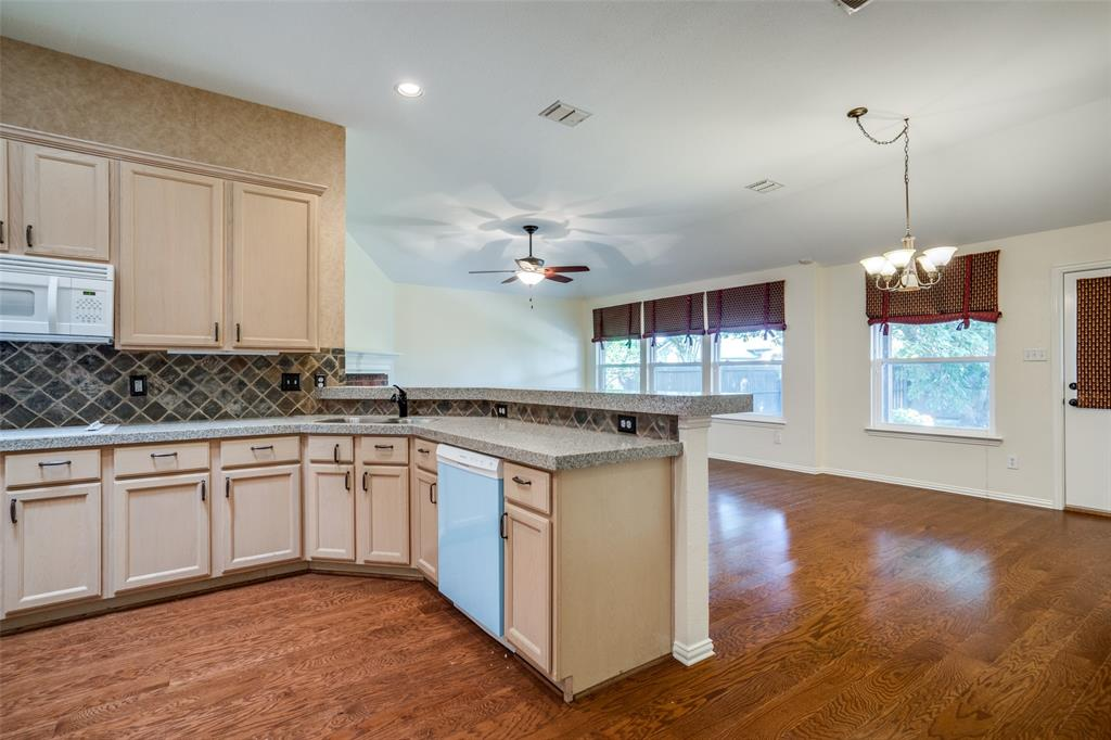 9816 Belfort  Drive, Frisco, Texas 75035 - acquisto real estate best real estate company to work for