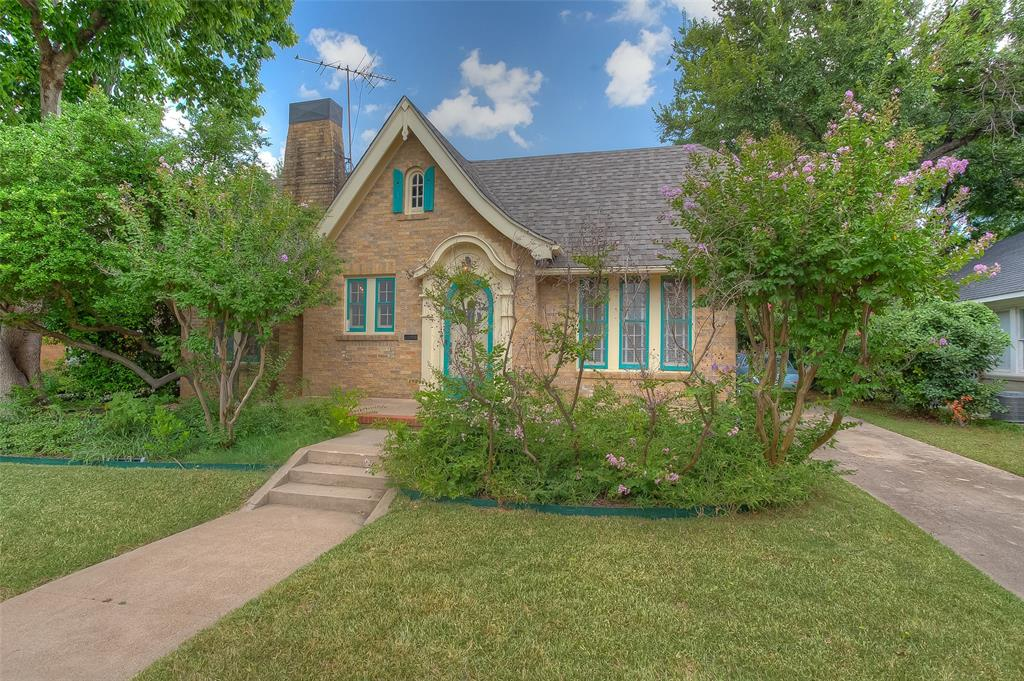 2529 Greene  Avenue, Fort Worth, Texas 76109 - Acquisto Real Estate best frisco realtor Amy Gasperini 1031 exchange expert