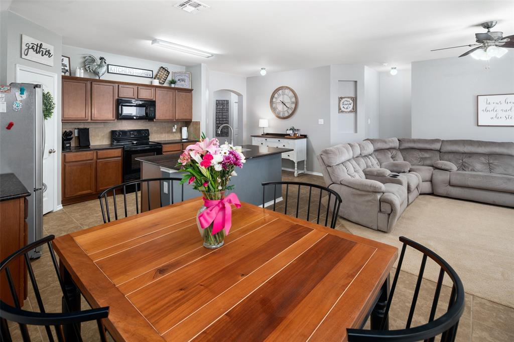 1107 Rainer  Drive, Princeton, Texas 75407 - acquisto real estate best designer and realtor hannah ewing kind realtor