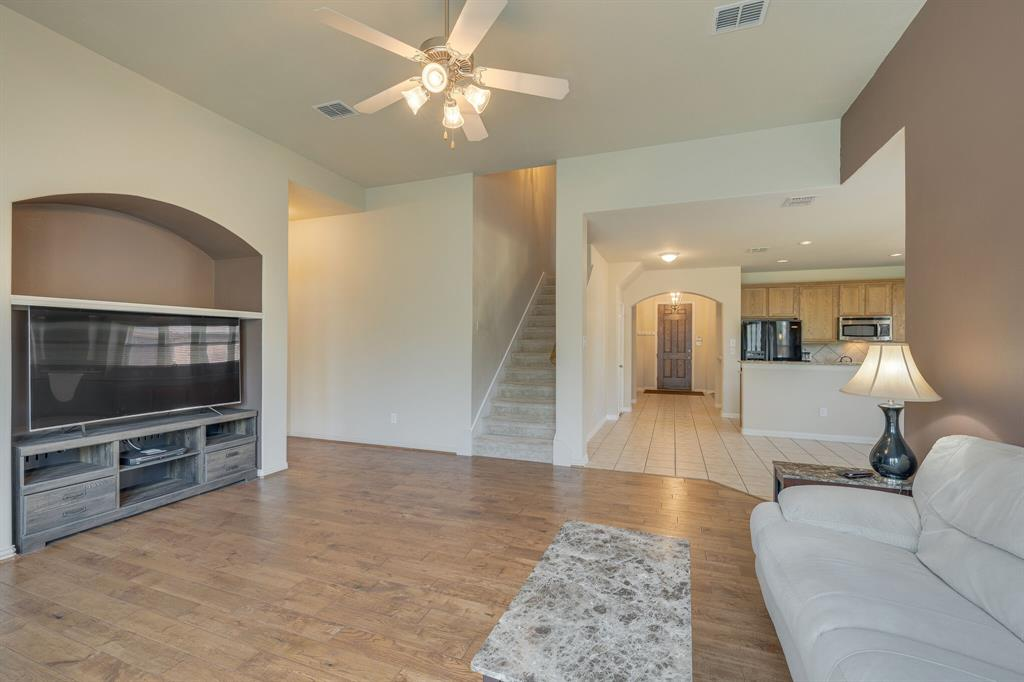 3609 Dalton  Street, Fort Worth, Texas 76244 - acquisto real estate best frisco real estate broker in texas for high net worth buyers