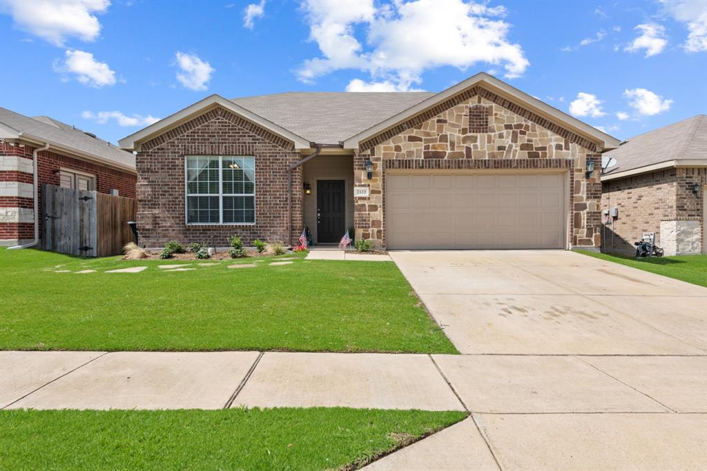 2133 Valley Forge  Trail, Fort Worth, Texas 76177 - Acquisto Real Estate best frisco realtor Amy Gasperini 1031 exchange expert