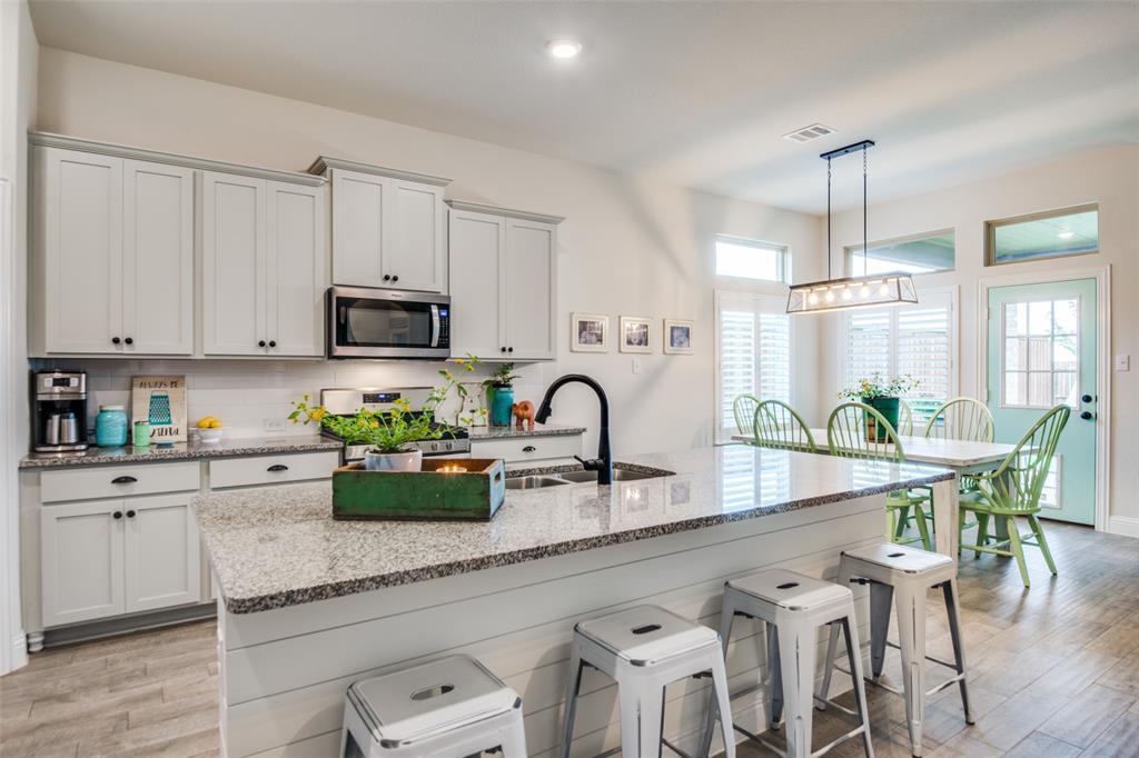 2805 Half Moon  Road, Aubrey, Texas 76227 - acquisto real estate best real estate company in frisco texas real estate showings