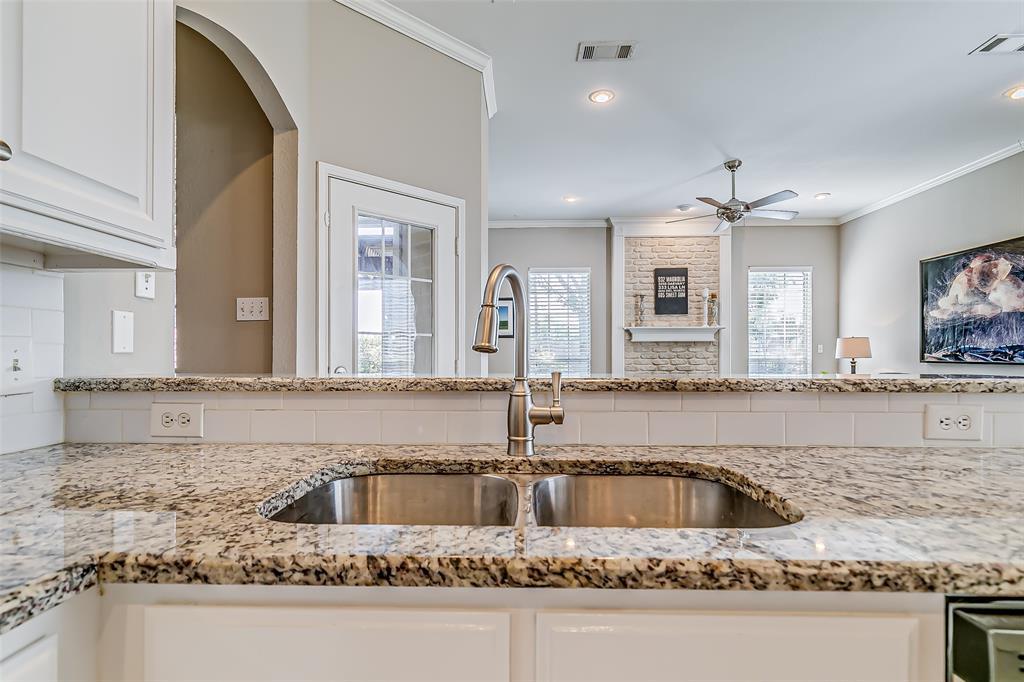 7308 Spring Oak  Drive, North Richland Hills, Texas 76182 - acquisto real estate best listing agent in the nation shana acquisto estate realtor