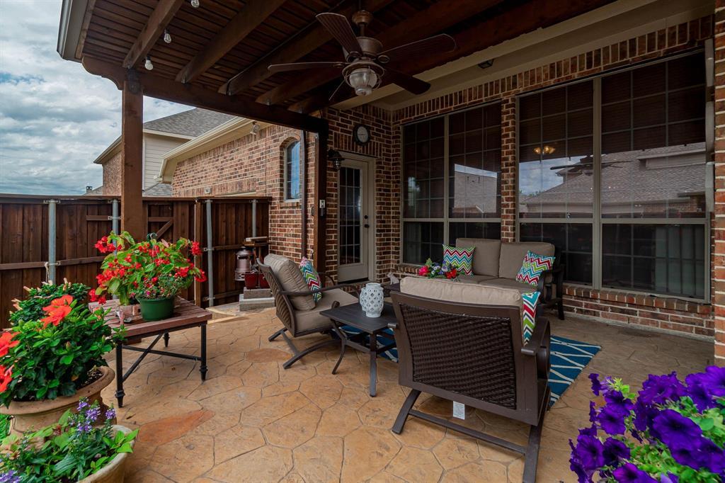 940 Crestmoor  Drive, Allen, Texas 75013 - acquisto real estate best prosper realtor susan cancemi windfarms realtor