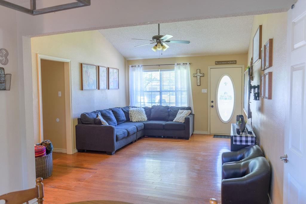 206 Hackberry  Drive, Greenville, Texas 75402 - acquisto real estate best highland park realtor amy gasperini fast real estate service