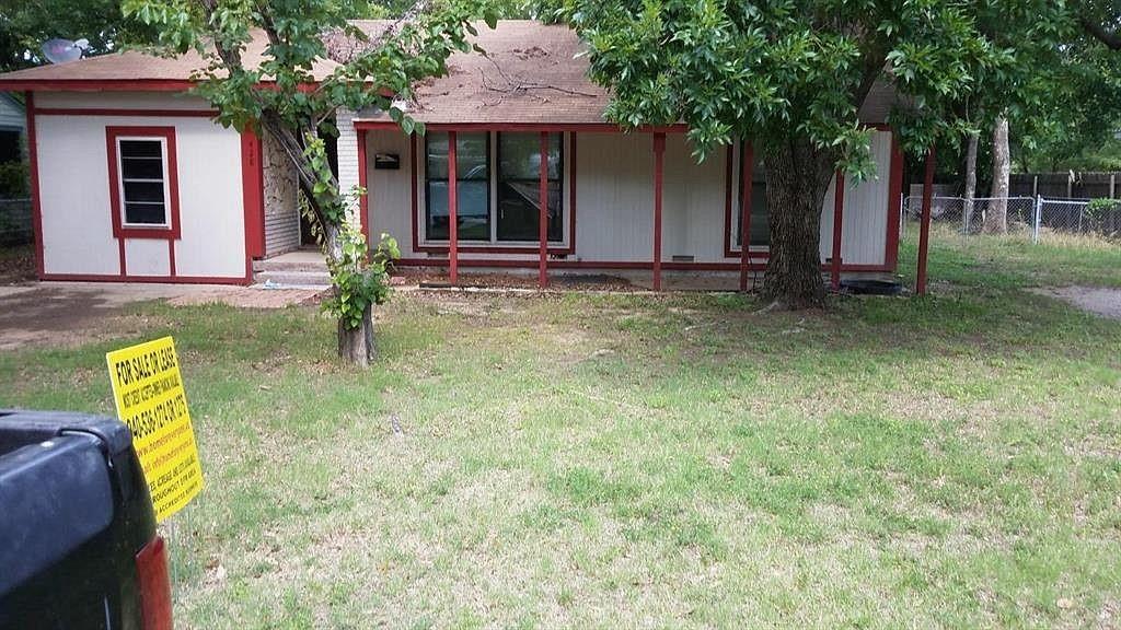 428 Mullins  Lewisville, Texas 75057 - Acquisto Real Estate best frisco realtor Amy Gasperini 1031 exchange expert