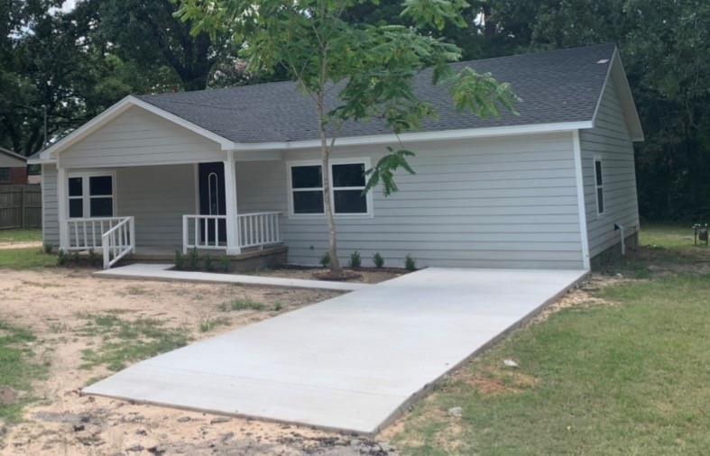 914 Church  Street, Athens, Texas 75751 - Acquisto Real Estate best frisco realtor Amy Gasperini 1031 exchange expert