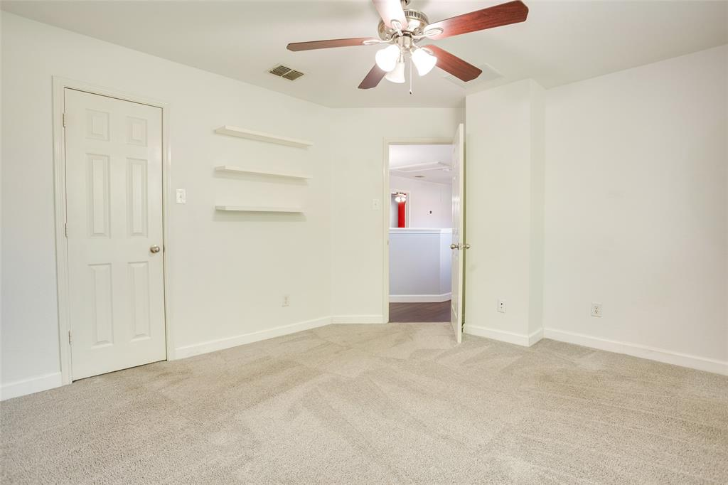 5712 Westgate  Drive, Fort Worth, Texas 76179 - acquisto real estate best plano real estate agent mike shepherd