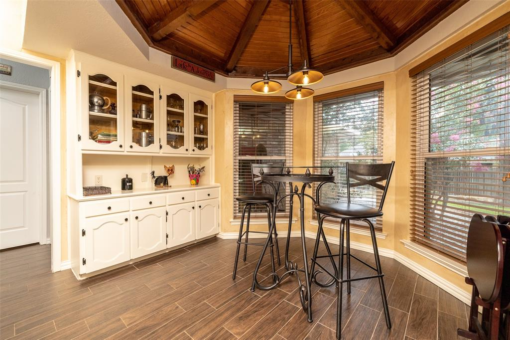 802 Glenn  Drive, Euless, Texas 76039 - acquisto real estate best listing listing agent in texas shana acquisto rich person realtor
