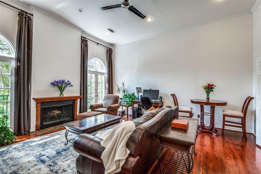 4519 Gilbert  Avenue, Dallas, Texas 75219 - acquisto real estate best listing agent in the nation shana acquisto estate realtor