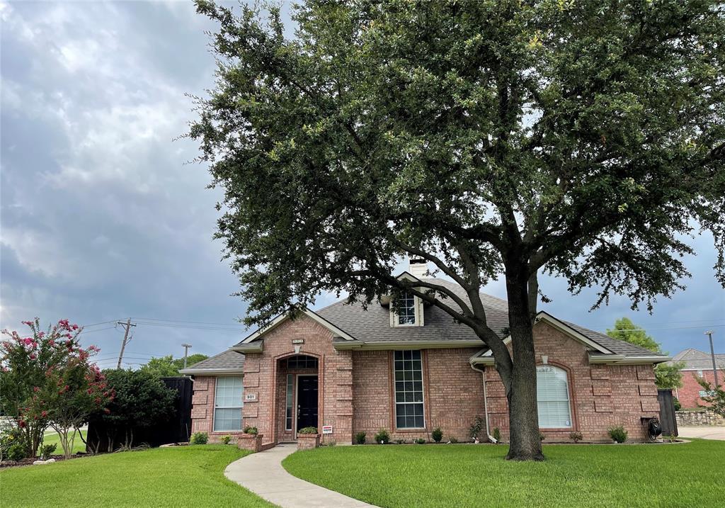 901 Hemingway  Court, Allen, Texas 75002 - acquisto real estate best plano real estate agent mike shepherd