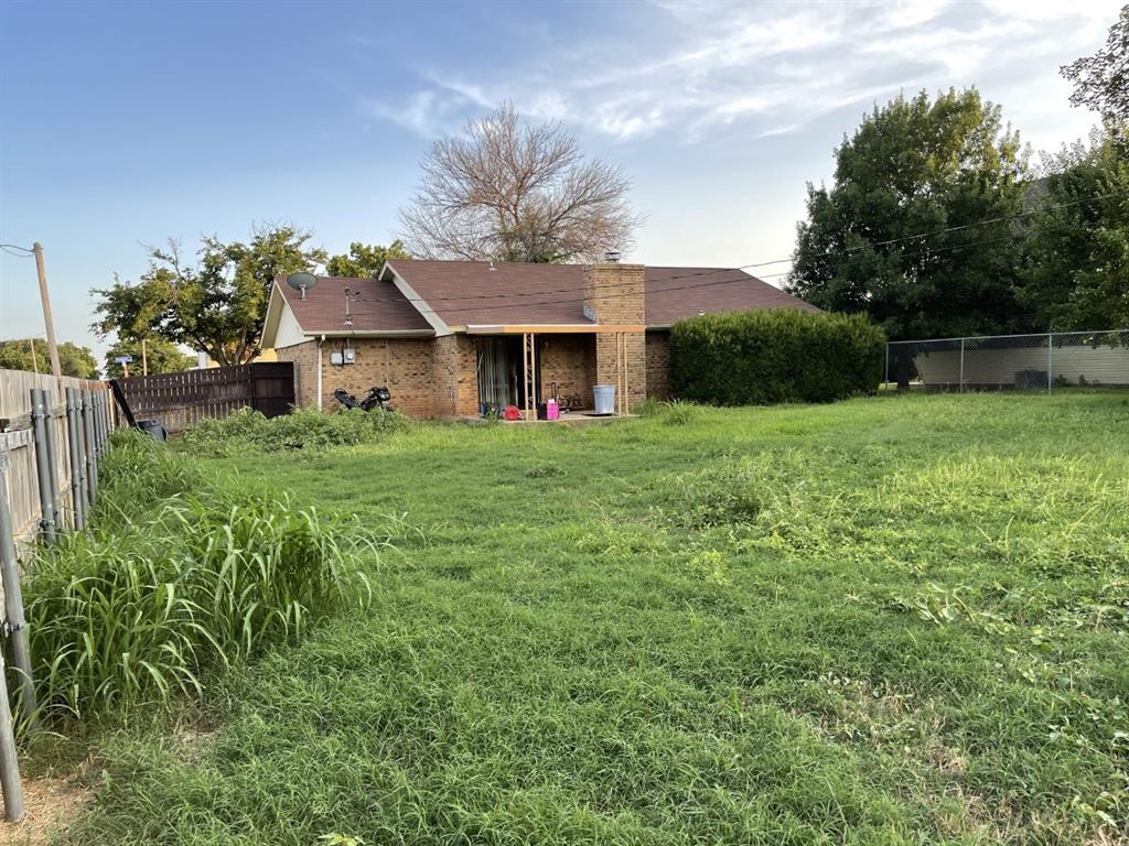 4300 Viewpark  Wichita Falls, Texas 76306 - acquisto real estate best realtor westlake susan cancemi kind realtor of the year