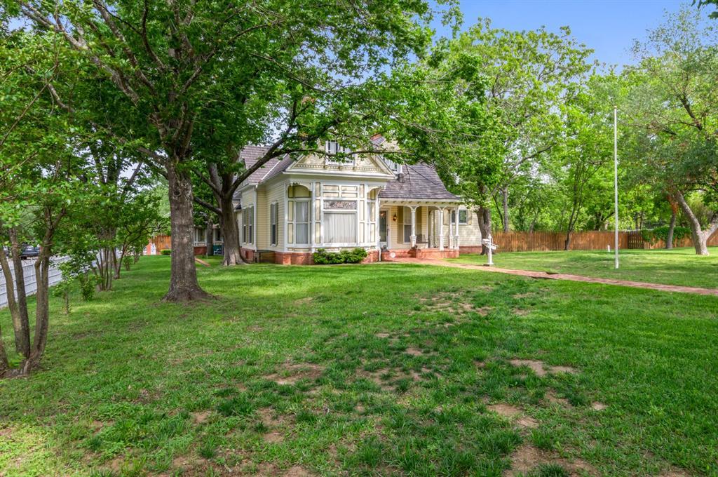 210 7th  Street, Hubbard, Texas 76648 - Acquisto Real Estate best frisco realtor Amy Gasperini 1031 exchange expert
