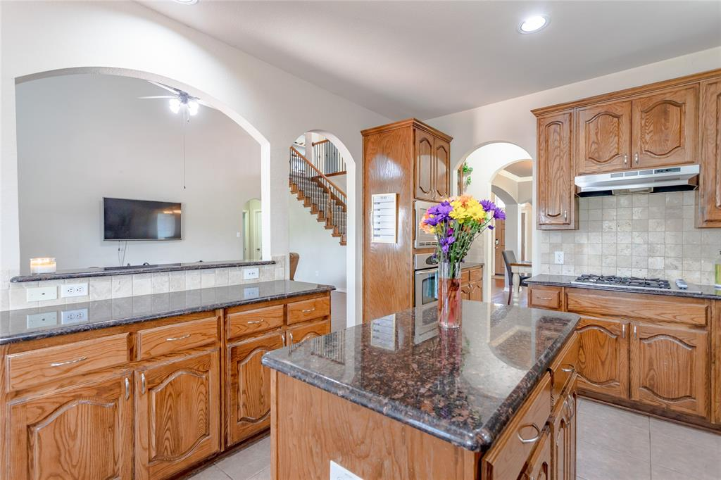 6133 Sunrise Lake  Drive, Fort Worth, Texas 76179 - acquisto real estate best new home sales realtor linda miller executor real estate