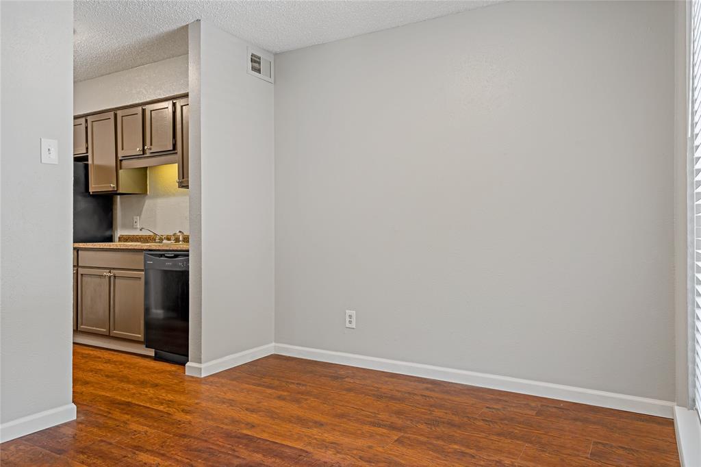 8109 Skillman  Street, Dallas, Texas 75231 - acquisto real estate best real estate company in frisco texas real estate showings