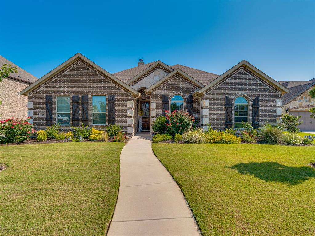 409 Hillstone  Drive, Midlothian, Texas 76065 - Acquisto Real Estate best plano realtor mike Shepherd home owners association expert