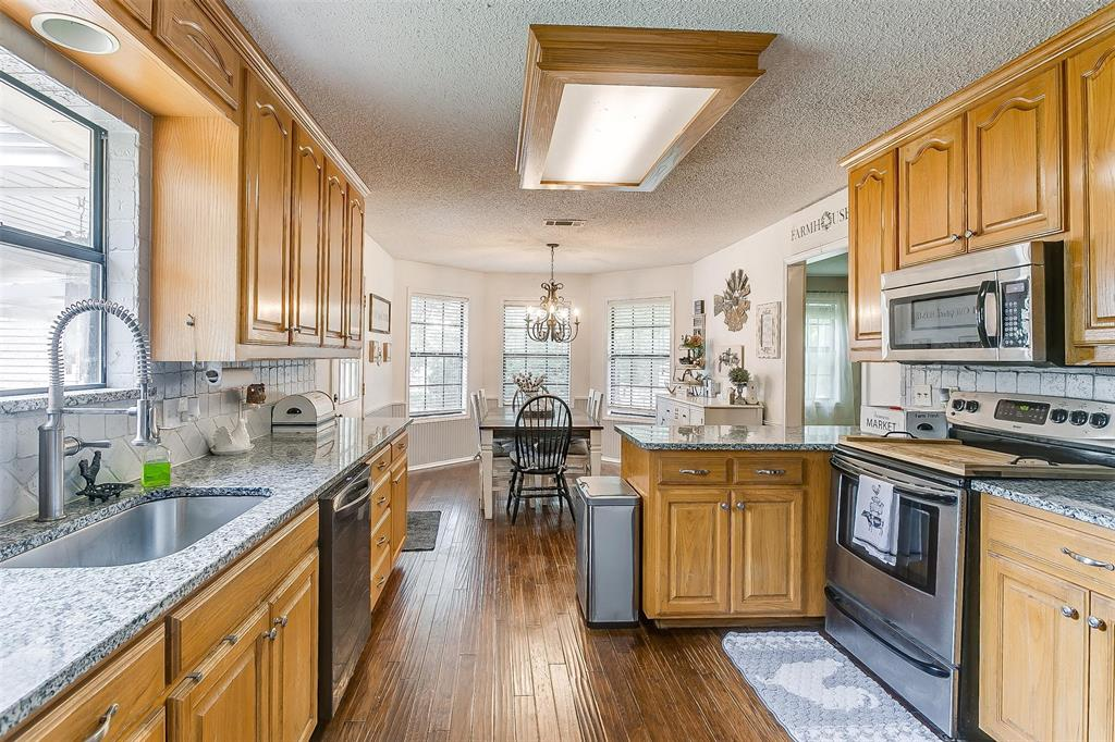 6110 Dick Price  Road, Fort Worth, Texas 76140 - acquisto real estate best realtor dallas texas linda miller agent for cultural buyers