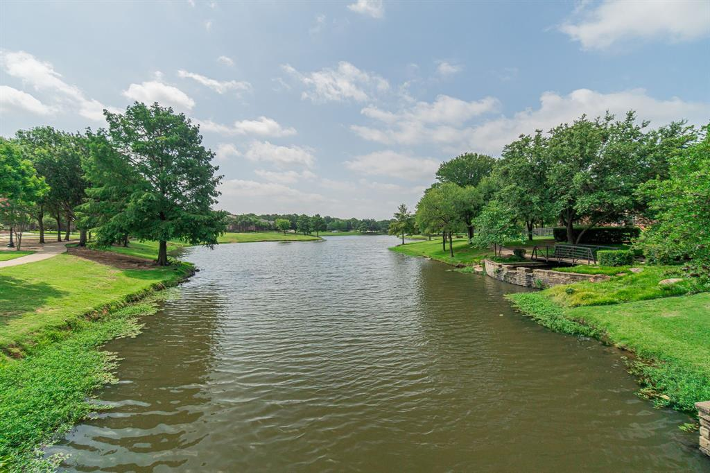 209 Manor  Place, Southlake, Texas 76092 - acquisto real estate agent of the year mike shepherd