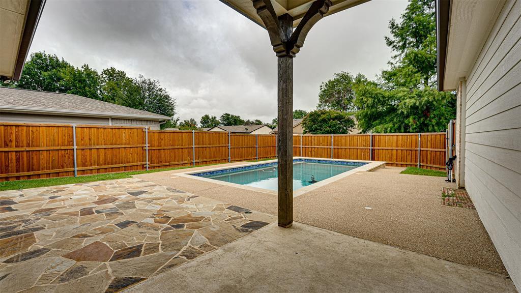 8206 Chesham  Drive, Rowlett, Texas 75088 - acquisto real estate agent of the year mike shepherd
