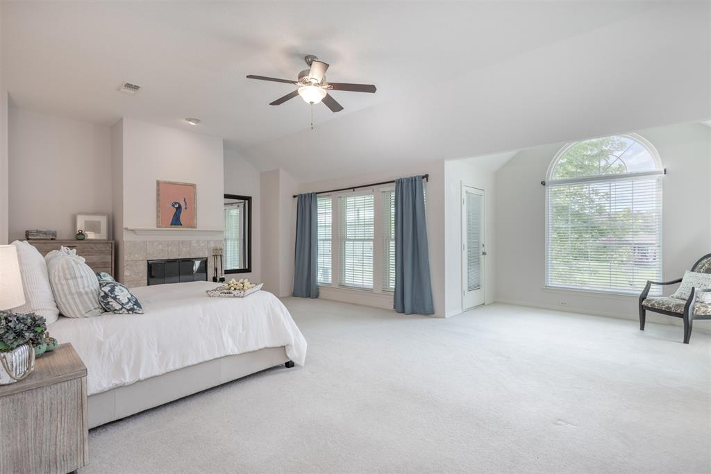9432 Abbey  Road, Irving, Texas 75063 - acquisto real estate best realtor dallas texas linda miller agent for cultural buyers