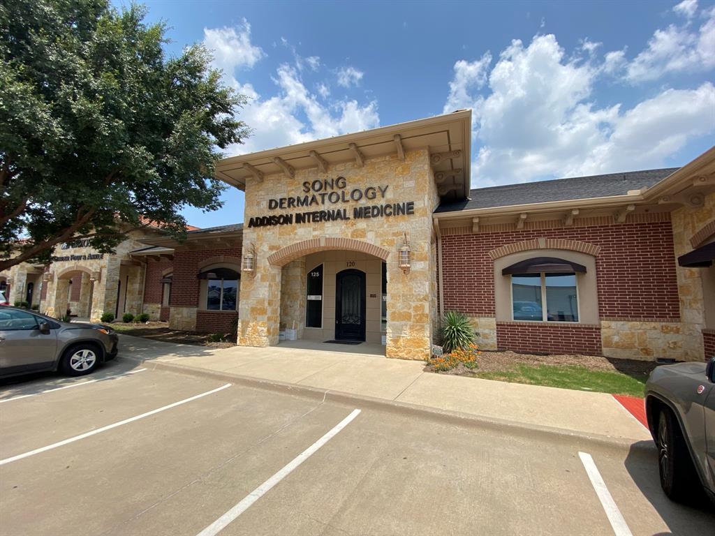 1428 HEBRON  Parkway, Carrollton, Texas 75010 - Acquisto Real Estate best frisco realtor Amy Gasperini 1031 exchange expert