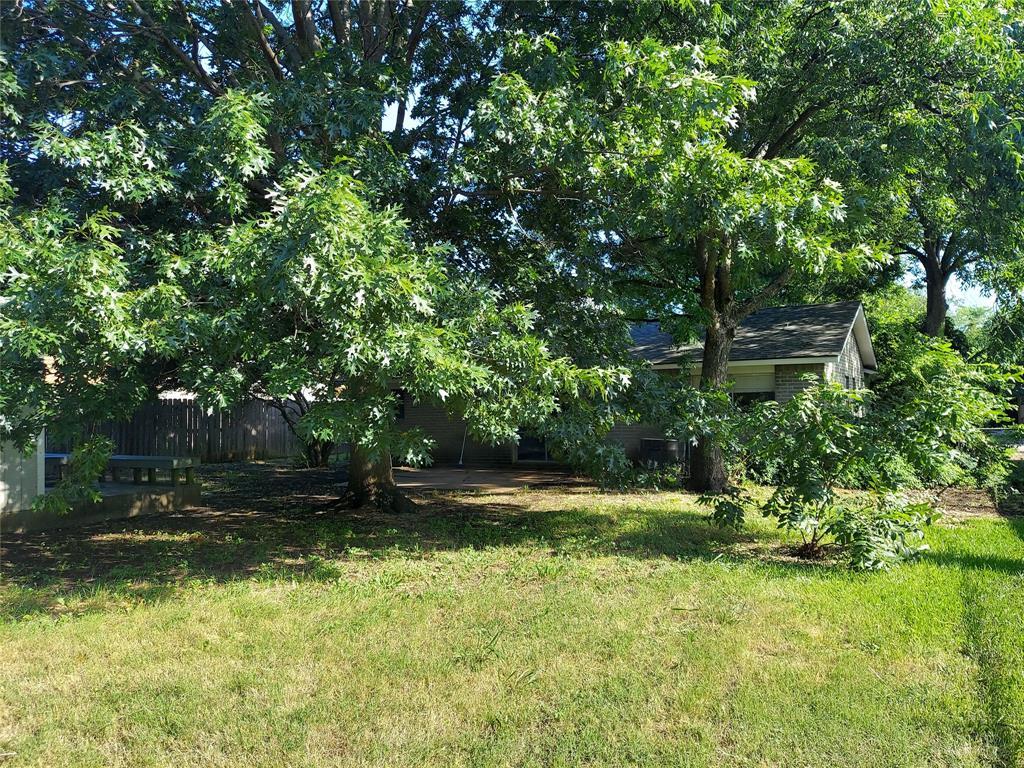 1302 Tucker  Boulevard, Arlington, Texas 76010 - acquisto real estate best listing agent in the nation shana acquisto estate realtor