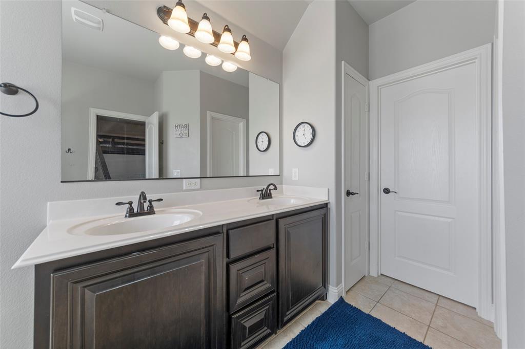 306 The Trails  Drive, Blue Ridge, Texas 75424 - acquisto real estate best photo company frisco 3d listings