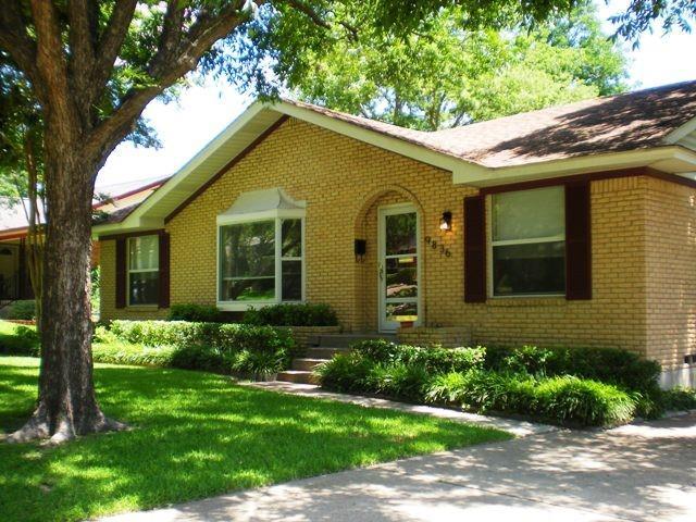 9836 Parkford  Drive, Dallas, Texas 75238 - Acquisto Real Estate best frisco realtor Amy Gasperini 1031 exchange expert