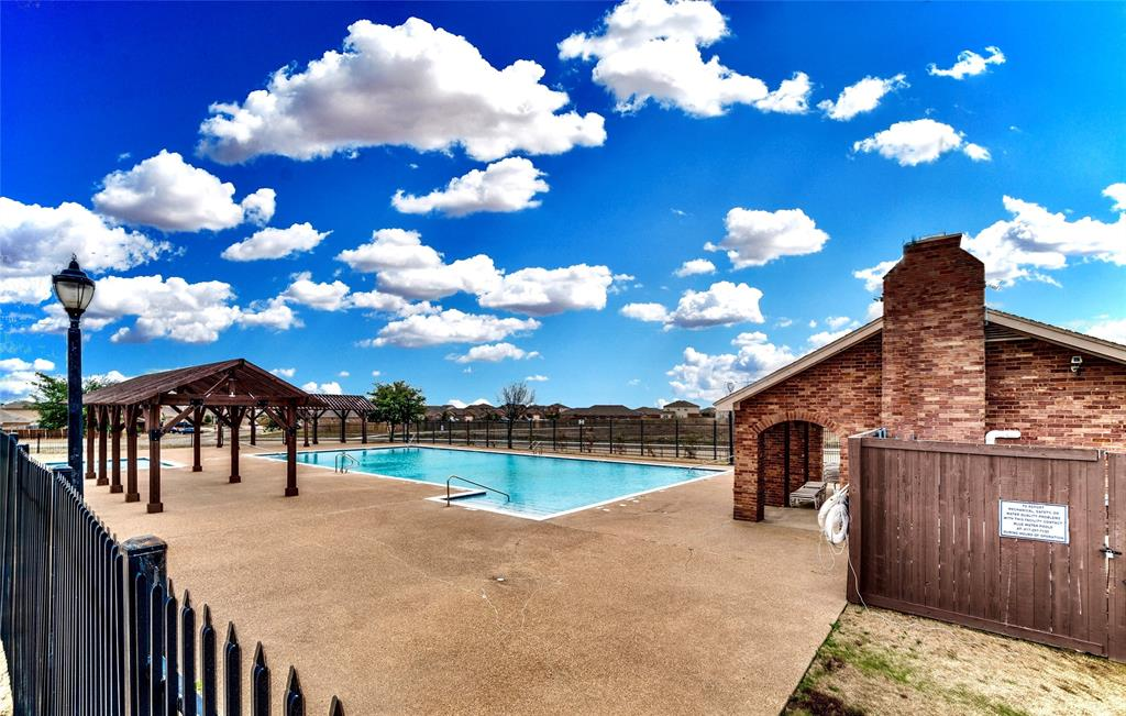 108 Kennedy  Drive, Venus, Texas 76084 - acquisto real estate best the colony realtor linda miller the bridges real estate