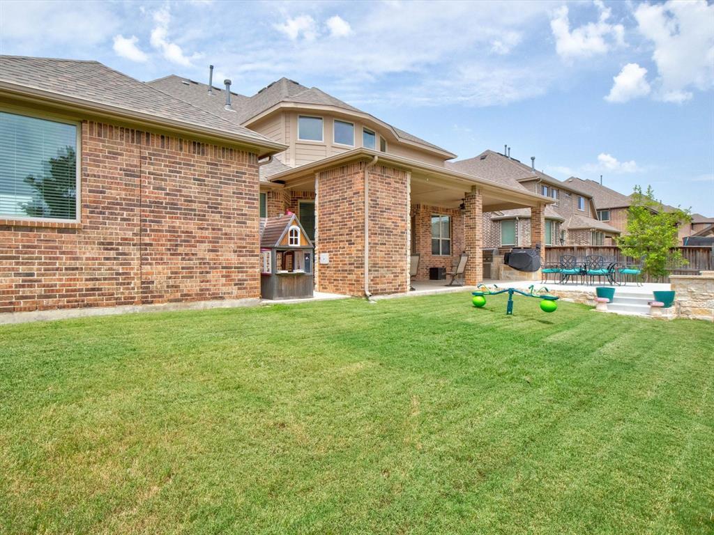 2206 Trophy Club  Drive, Trophy Club, Texas 76262 - Acquisto Real Estate best frisco realtor Amy Gasperini 1031 exchange expert