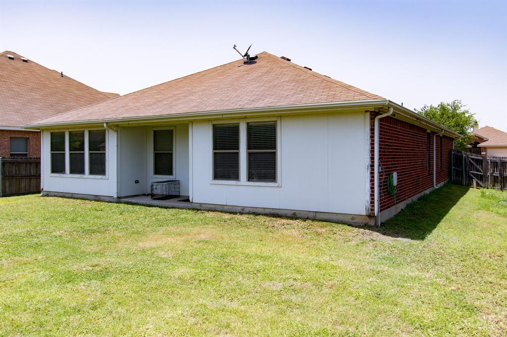 2032 Times  Road, Heartland, Texas 75126 - acquisto real estate best plano real estate agent mike shepherd