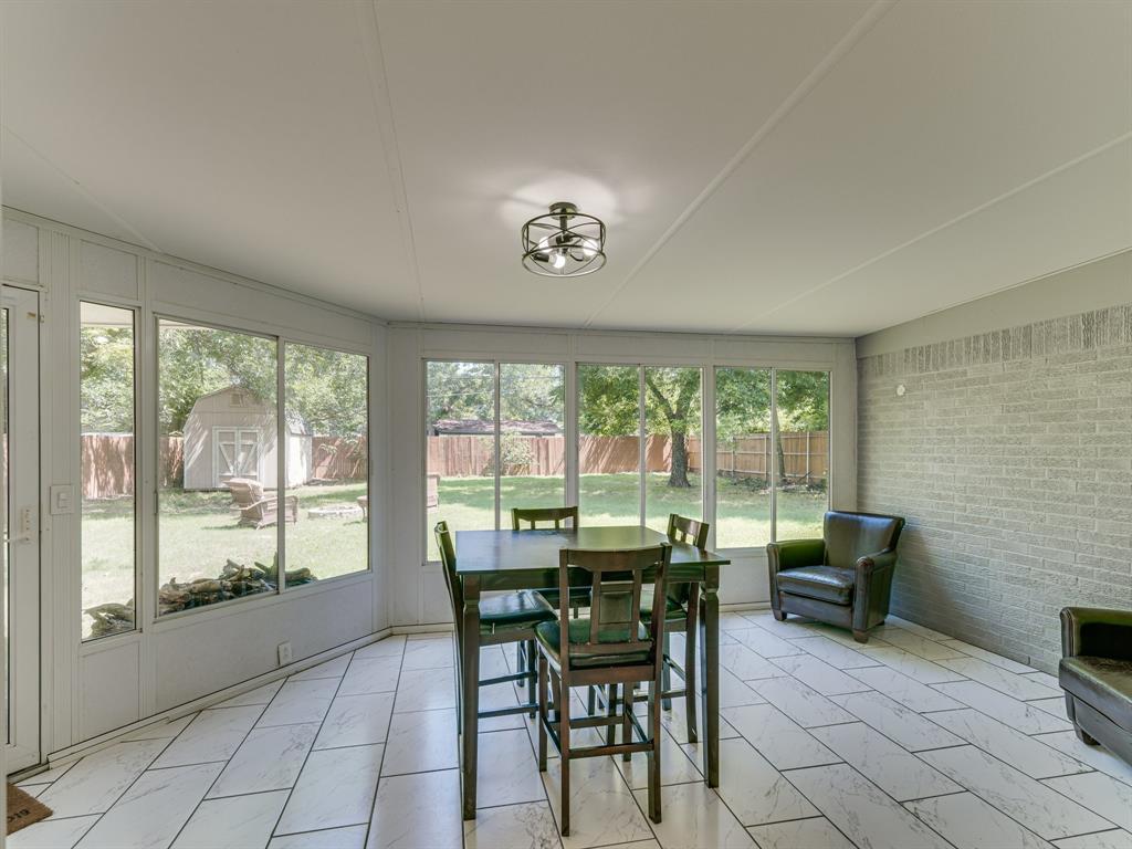 1719 Nueces  Trail, Arlington, Texas 76012 - acquisto real estate best designer and realtor hannah ewing kind realtor