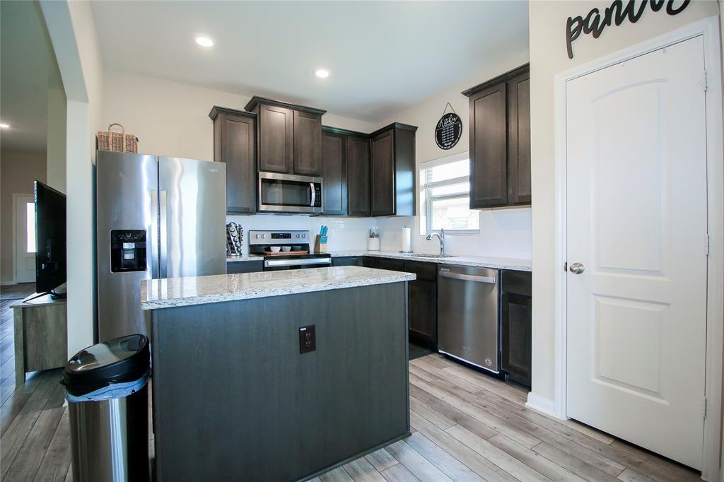 1825 Rialto  Lane, Crowley, Texas 76036 - acquisto real estate best listing agent in the nation shana acquisto estate realtor