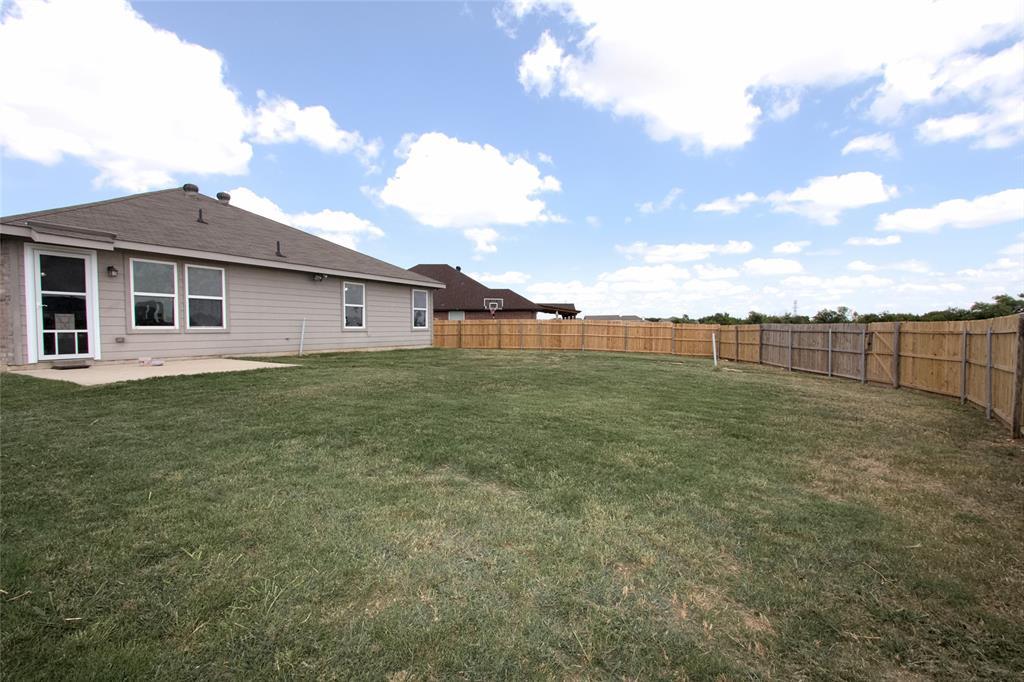 621 Sparrow  Drive, Saginaw, Texas 76131 - acquisto real estate smartest realtor in america shana acquisto