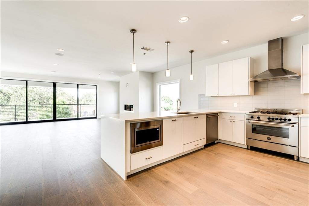 28 Village  Lane, Colleyville, Texas 76034 - Acquisto Real Estate best frisco realtor Amy Gasperini 1031 exchange expert
