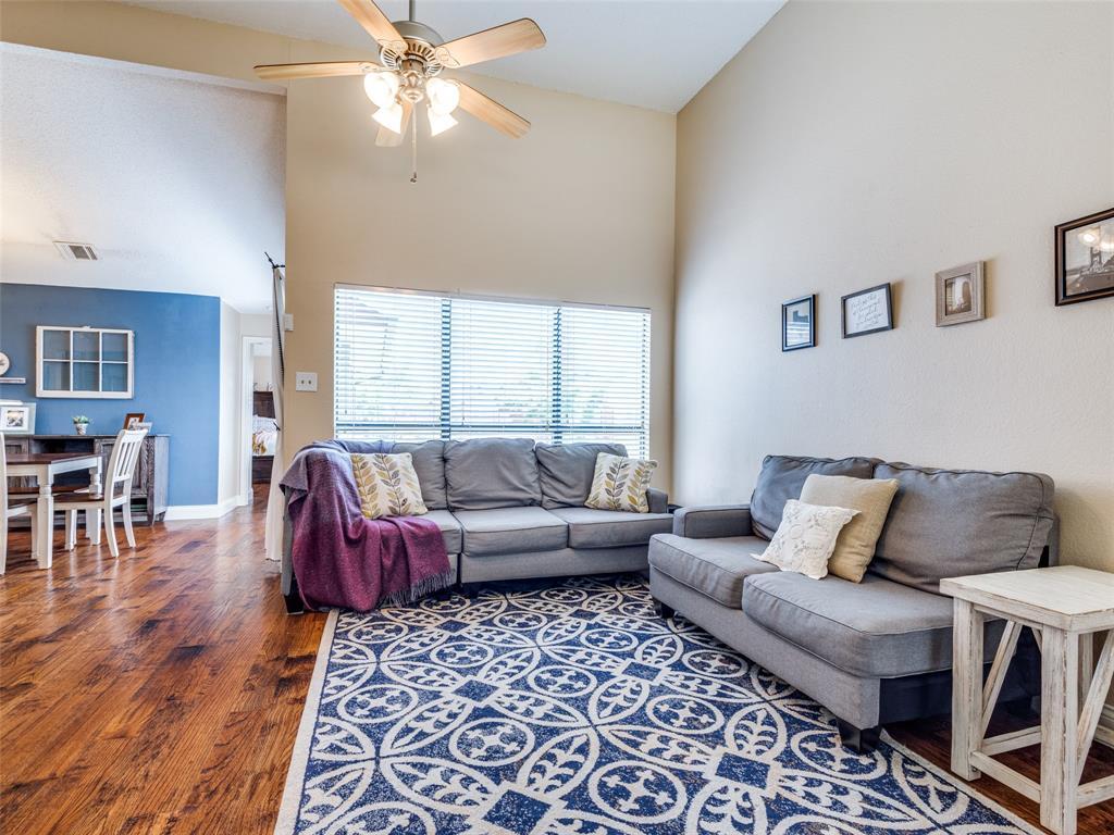 1607 San Francisco  Street, Carrollton, Texas 75007 - acquisto real estate best highland park realtor amy gasperini fast real estate service