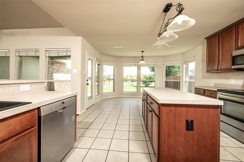 5108 Brookside  Drive, Denton, Texas 76226 - acquisto real estate best luxury buyers agent in texas shana acquisto inheritance realtor