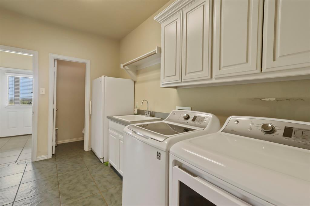 4760 Bonnie Brae  Street, Denton, Texas 76207 - acquisto real estate agent of the year mike shepherd