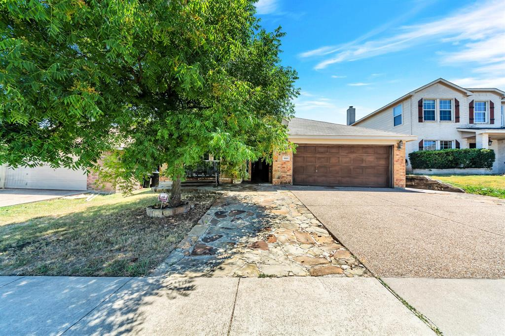9909 Peregrine  Trail, Fort Worth, Texas 76108 - Acquisto Real Estate best frisco realtor Amy Gasperini 1031 exchange expert