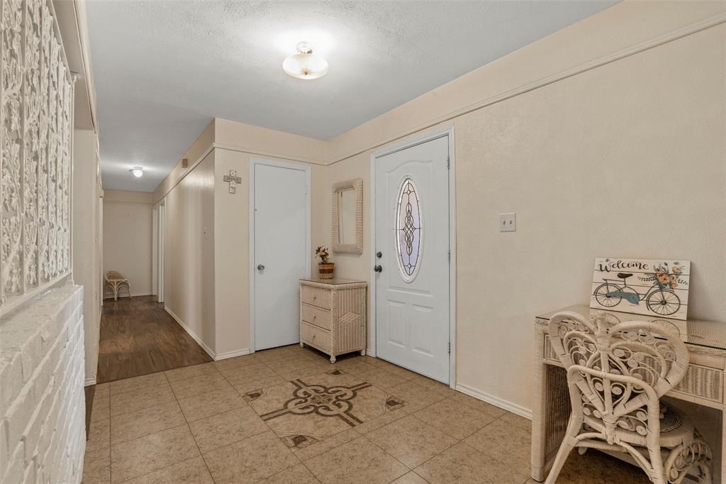 204 Revere  Drive, Fort Worth, Texas 76134 - acquisto real estate best celina realtor logan lawrence best dressed realtor