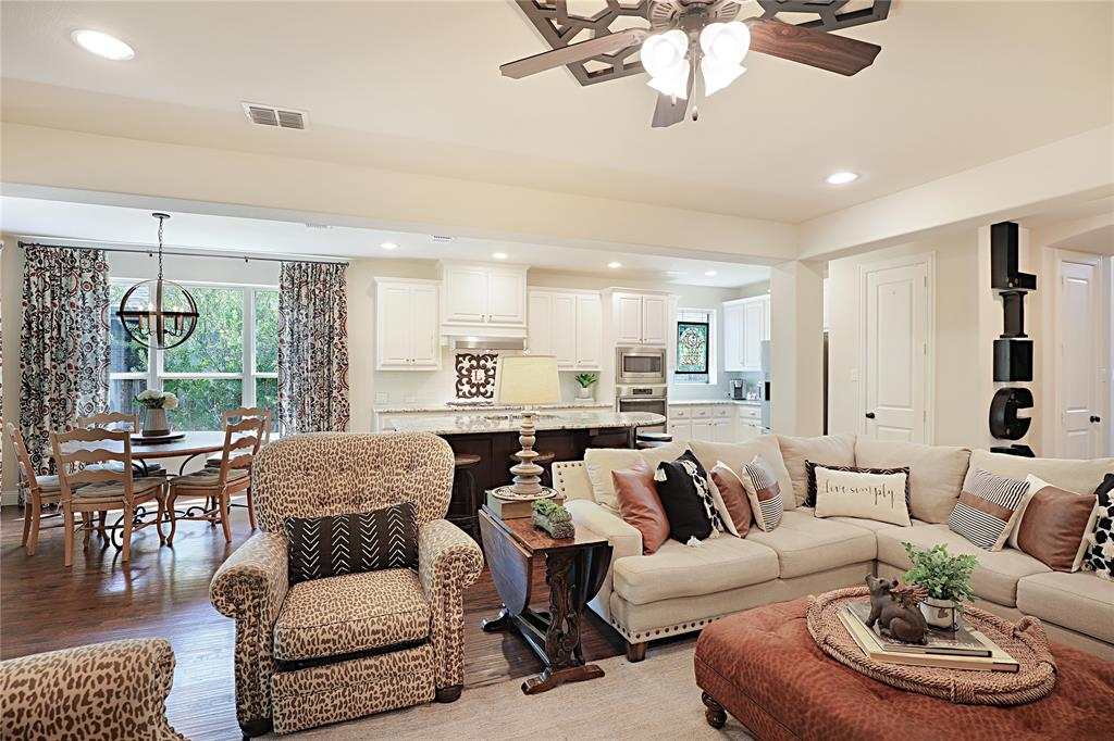 2800 Piersall  Drive, McKinney, Texas 75072 - acquisto real estate best real estate company to work for