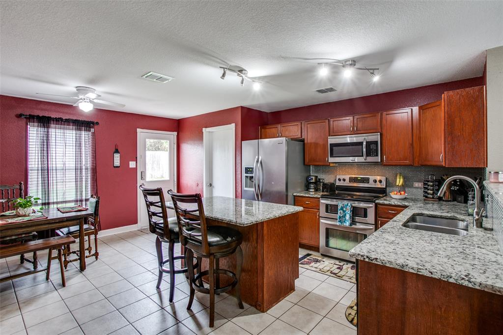 841 San Miguel  Trail, Fort Worth, Texas 76052 - acquisto real estate best listing agent in the nation shana acquisto estate realtor